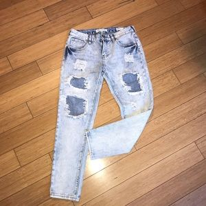 Bullhead Jeans Skinny Boyfriend Destroyed Acid S26